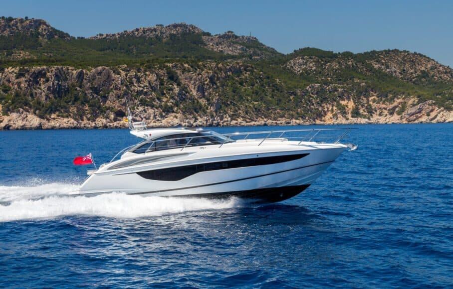 v40-exterior-white-hull-4a-e1605428979184-908x580